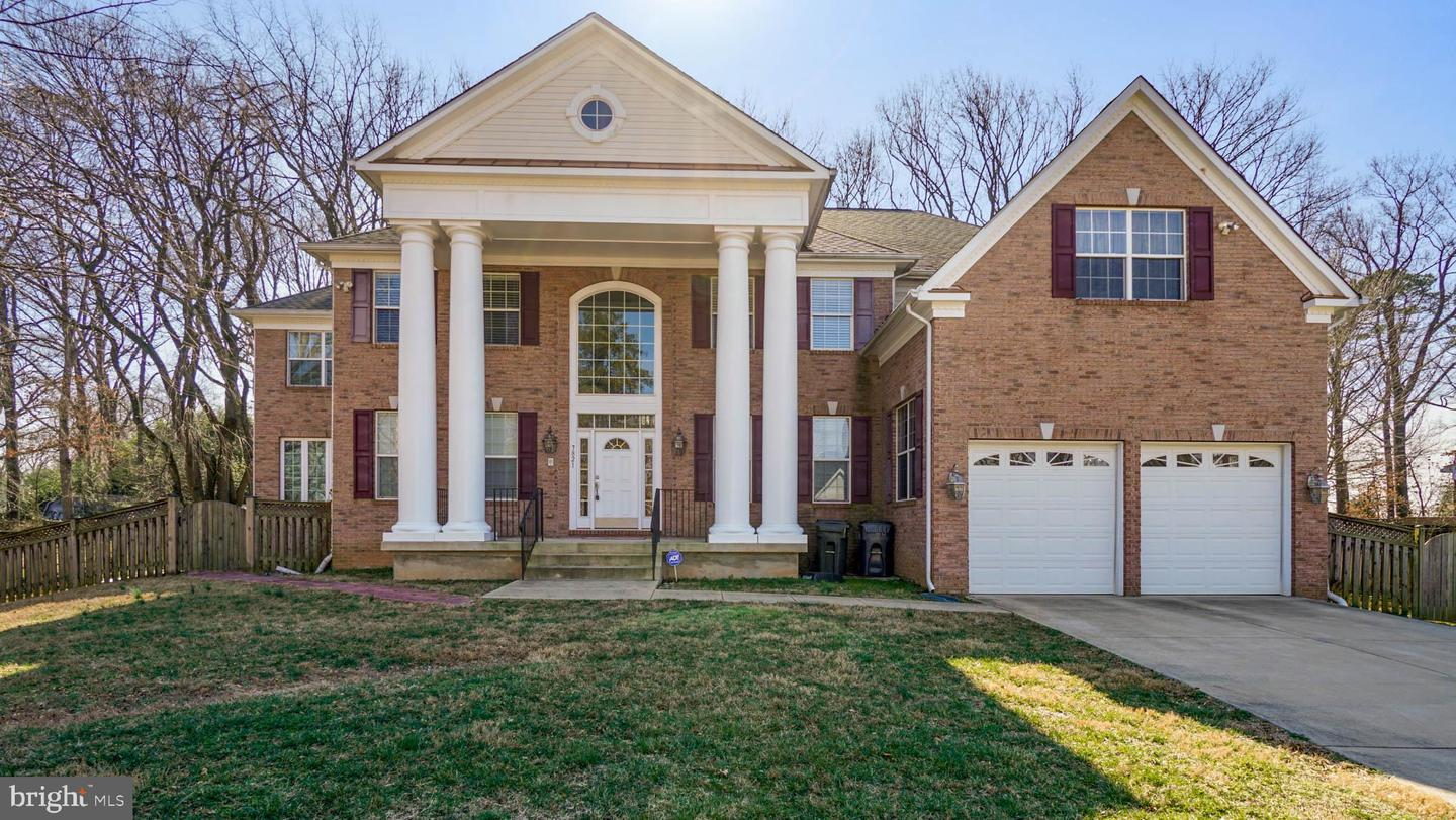 Single Family Homes por un Venta en Annandale, Virginia 22003 Estados Unidos