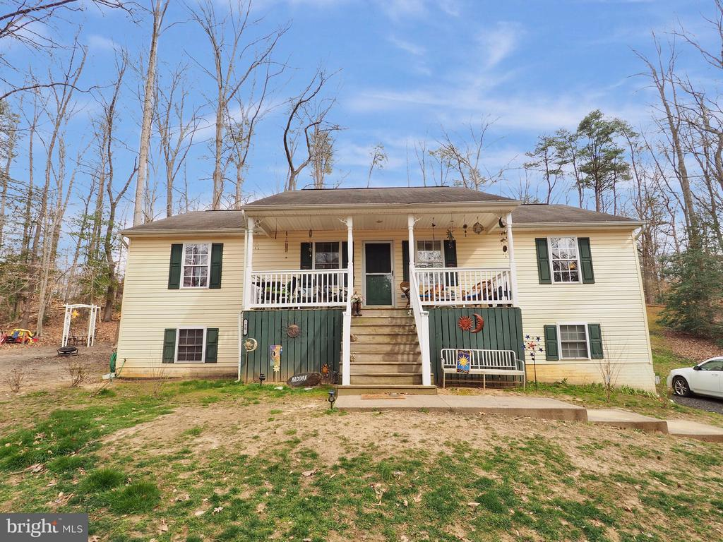 Relax on the Porch! Extra Storage under stairs! - 70 DENT RD, STAFFORD