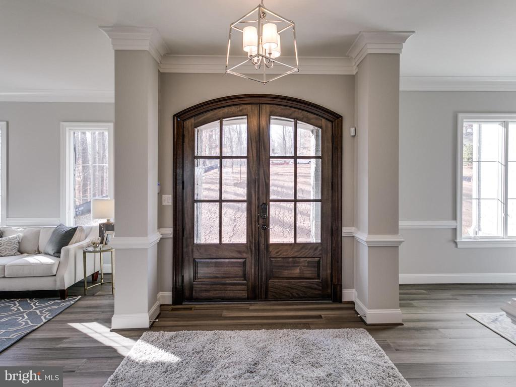Wide double door entrance - 9978 BLACKBERRY LN, GREAT FALLS