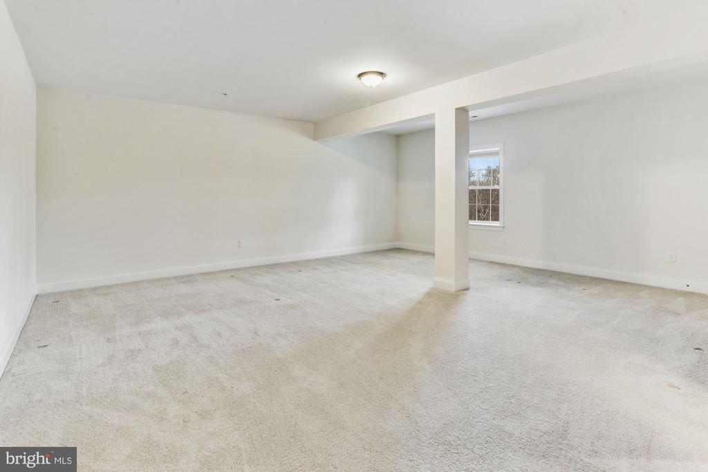 Lower Level Guest Suite Bedroom - 11022 BLEVINS DR, CLARKSVILLE