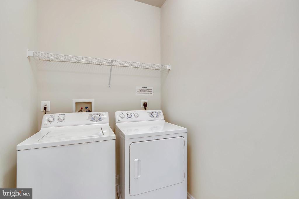 Upper level laundry - 363 BELT PL, GAITHERSBURG