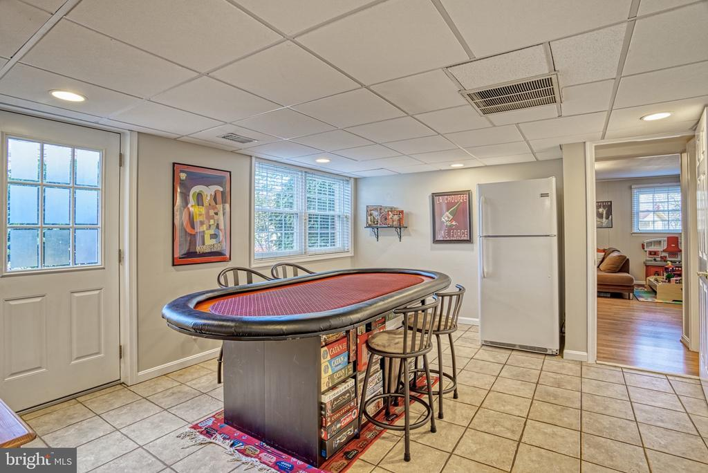 Lower Level Game Room - 6000 RIVANNA DR, SPRINGFIELD