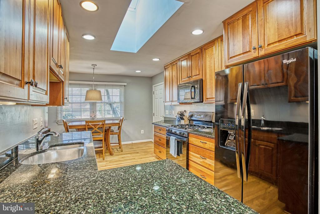 Kitchen - 6000 RIVANNA DR, SPRINGFIELD