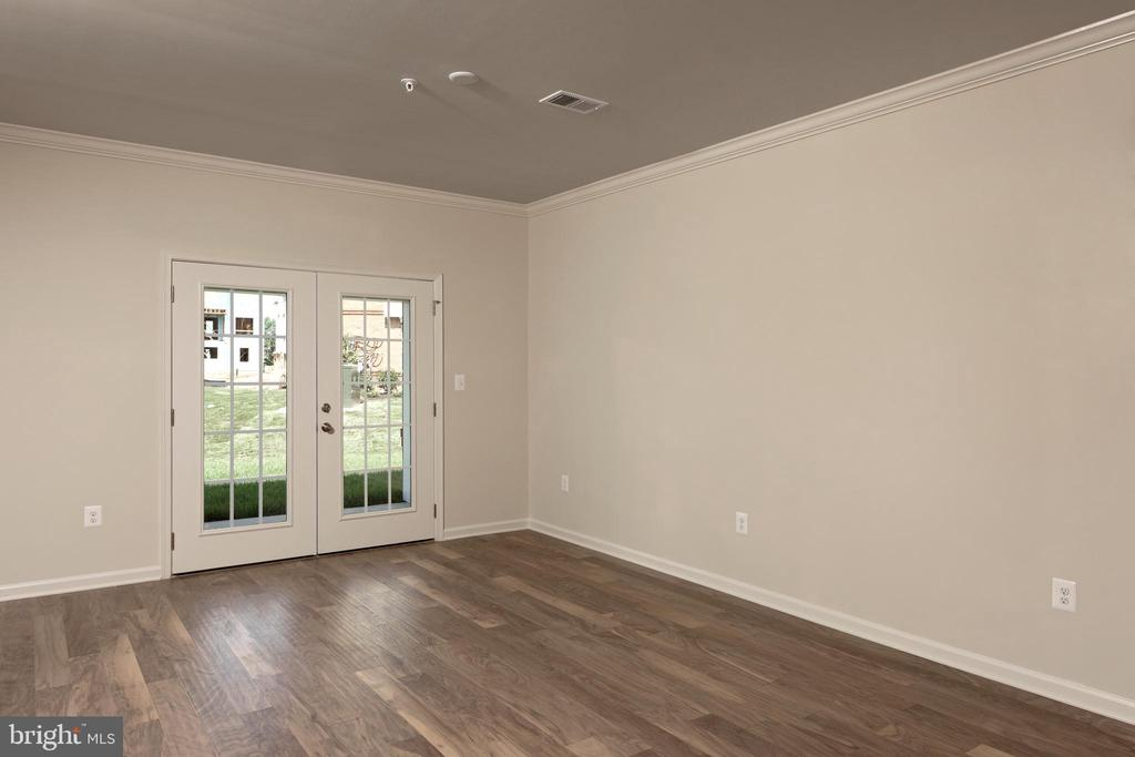 Duval Living Room - 23255 MILLTOWN KNOLL SQ #108, ASHBURN