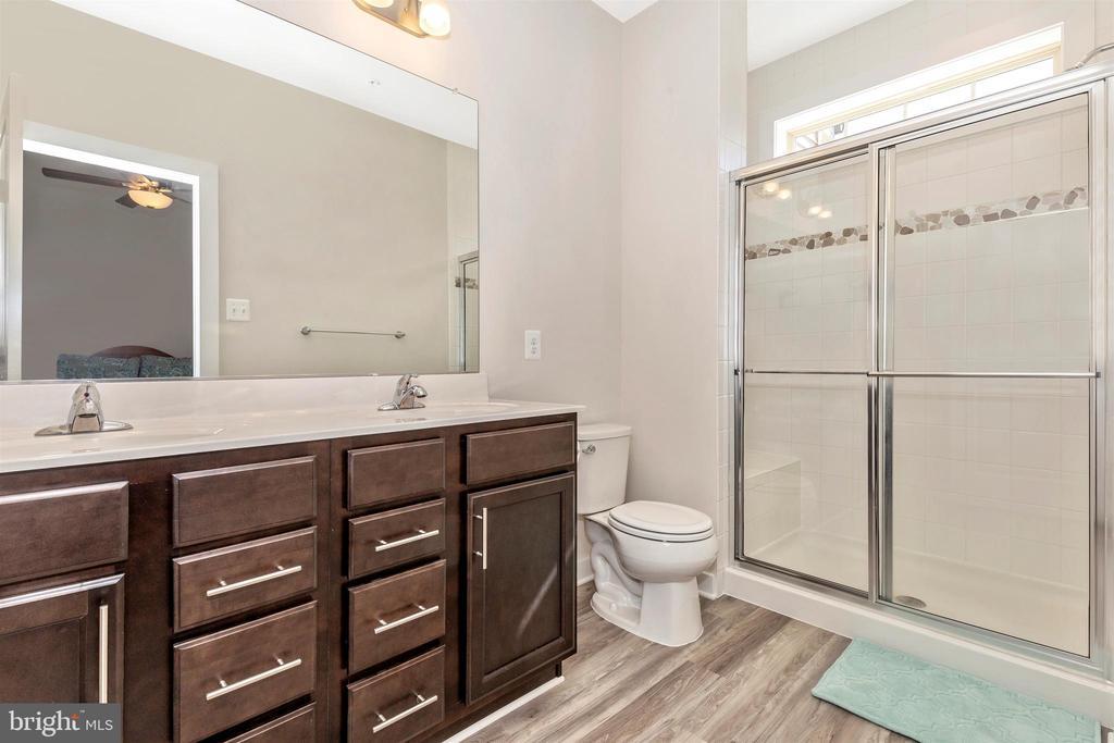 Upper Level 2-Master Bathroom - 823 BADGER AVE, FREDERICK