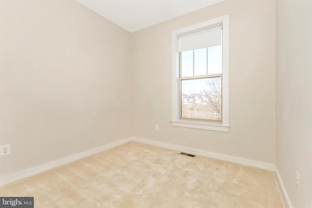 Upper Level 2-Bedroom 2 - 823 BADGER AVE, FREDERICK