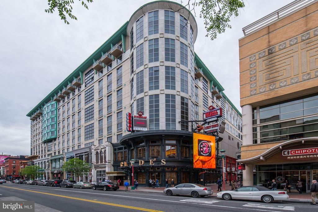 Clyde's Nearby - 912 F ST NW #1106, WASHINGTON