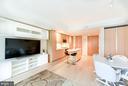 Spacious living room - 925 H ST NW #707, WASHINGTON