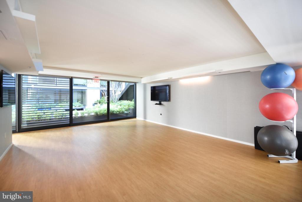 Yoga room - 925 H ST NW #707, WASHINGTON