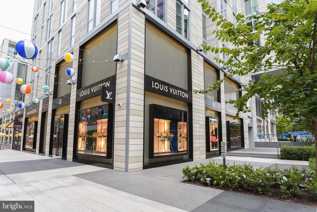 Louis Vuitton, Hermes, Dior & so much more retail - 925 H ST NW #707, WASHINGTON