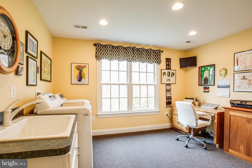 Family command central or bedroom #4 - 10408 LAUREL RIDGE WAY, FREDERICKSBURG