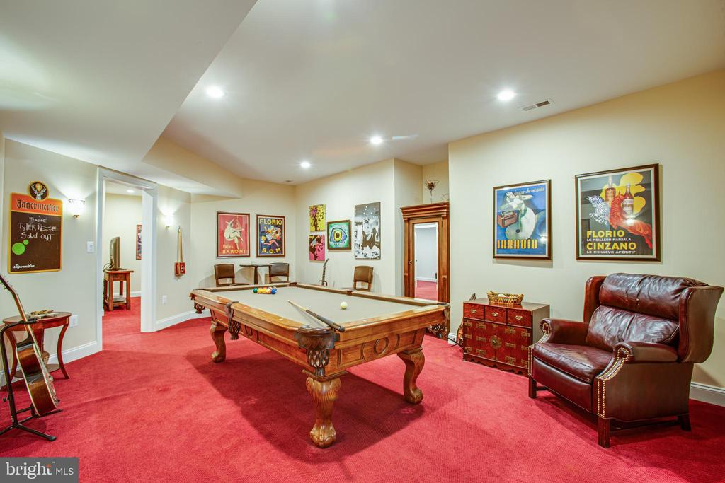Even more room for that big party - 10408 LAUREL RIDGE WAY, FREDERICKSBURG