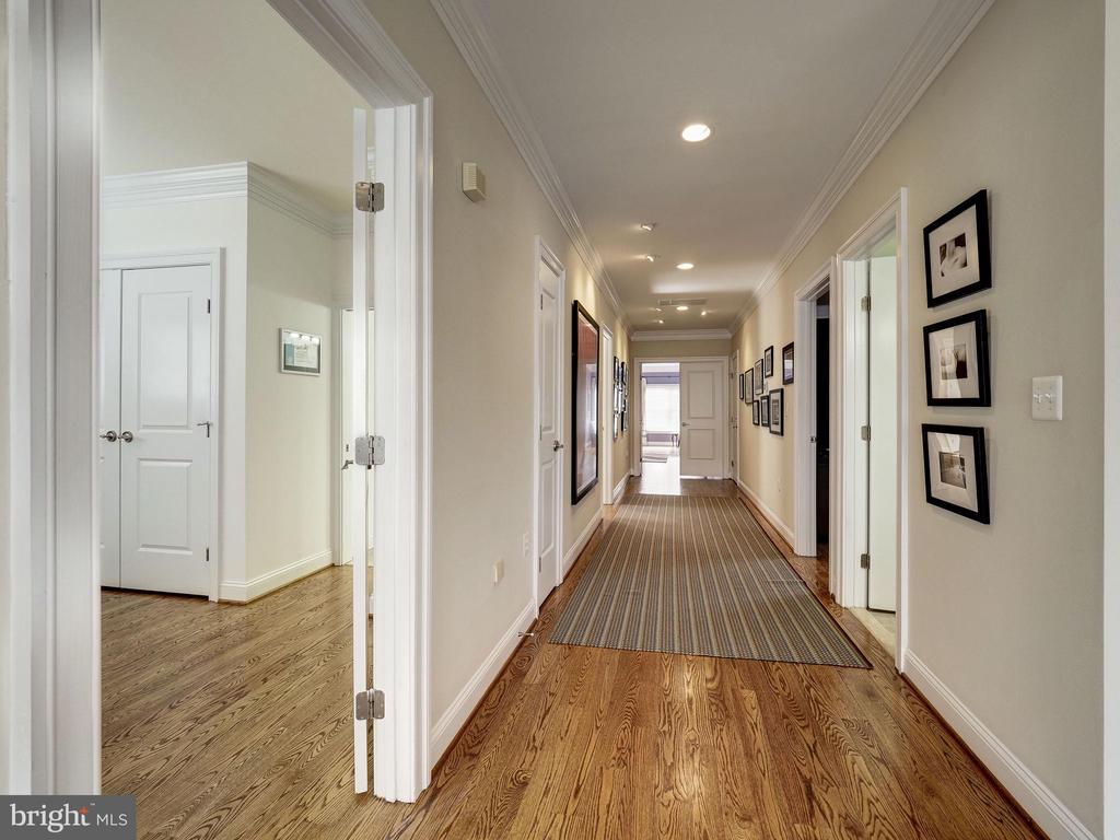 Upper Level Hall Detail - 7612 EXETER RD, BETHESDA