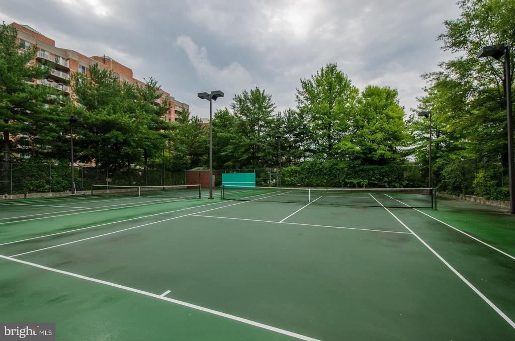Tennis Courts - 7500 WOODMONT AVE #S205, BETHESDA