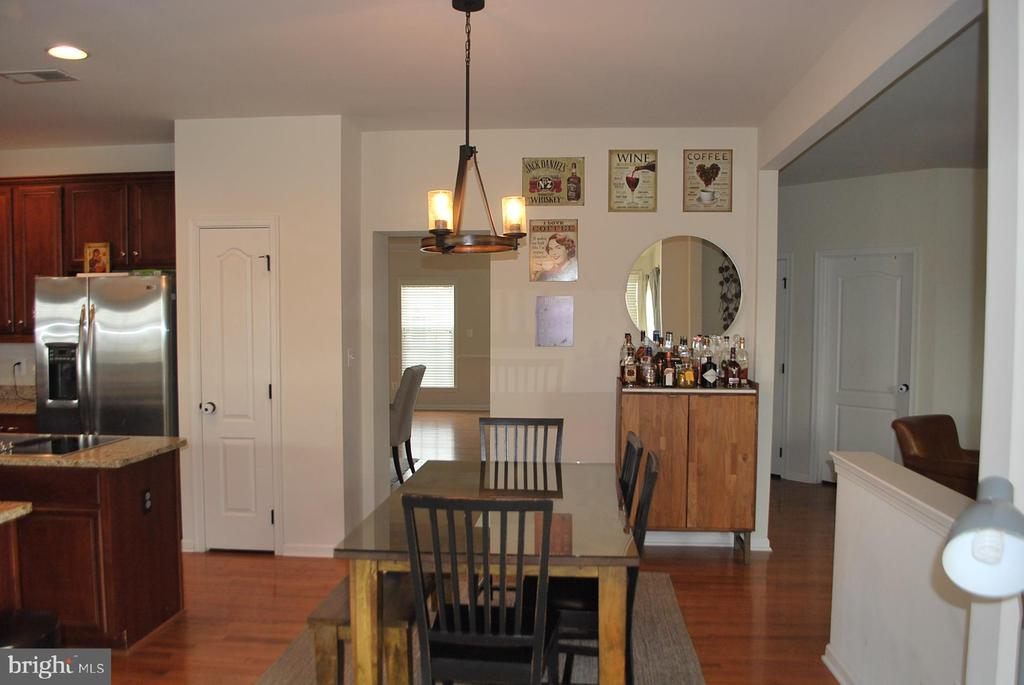 Large sitting area in kitchen - 108 E. STATION TER., MARTINSBURG