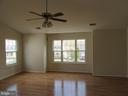 MBR with ceiling fan - 9337 S WHITT DR, MANASSAS PARK
