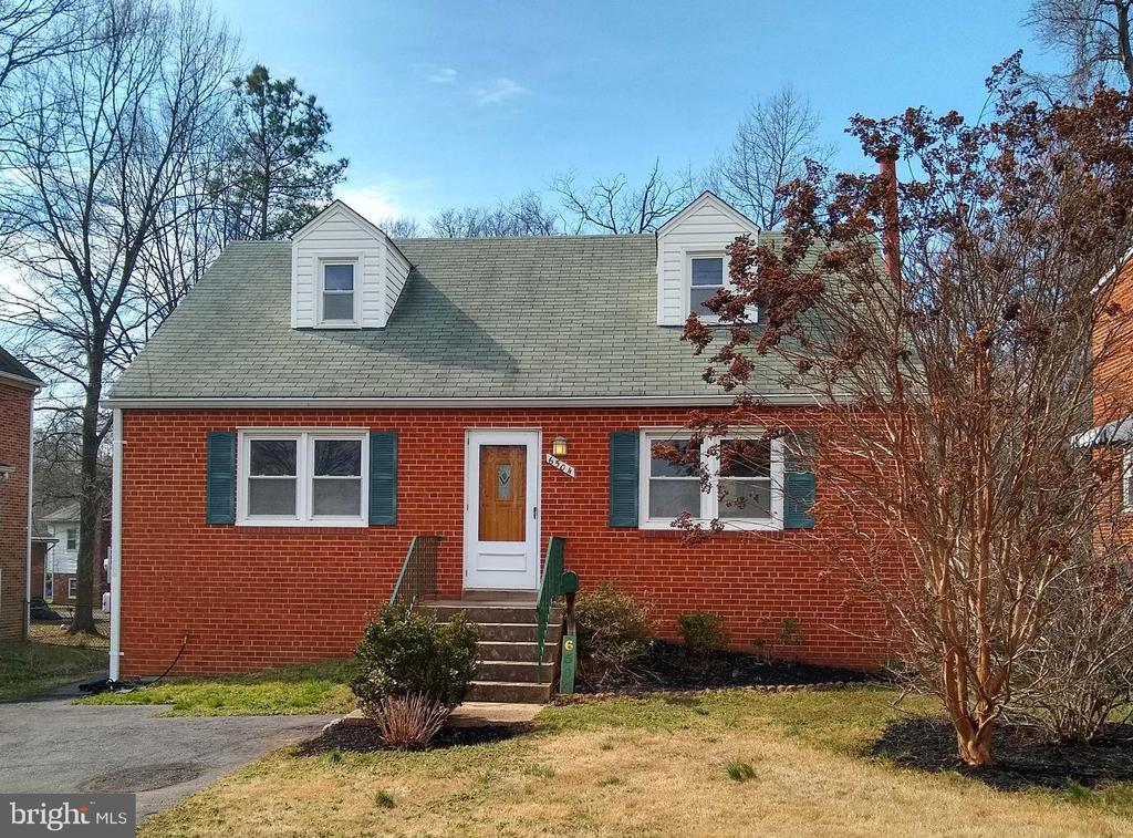 Welcome home! - 6504 BALTIMORE AVE, UNIVERSITY PARK