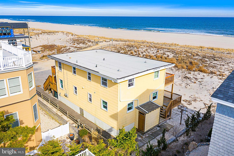 Single Family Homes por un Venta en Ship Bottom, Nueva Jersey 08008 Estados Unidos