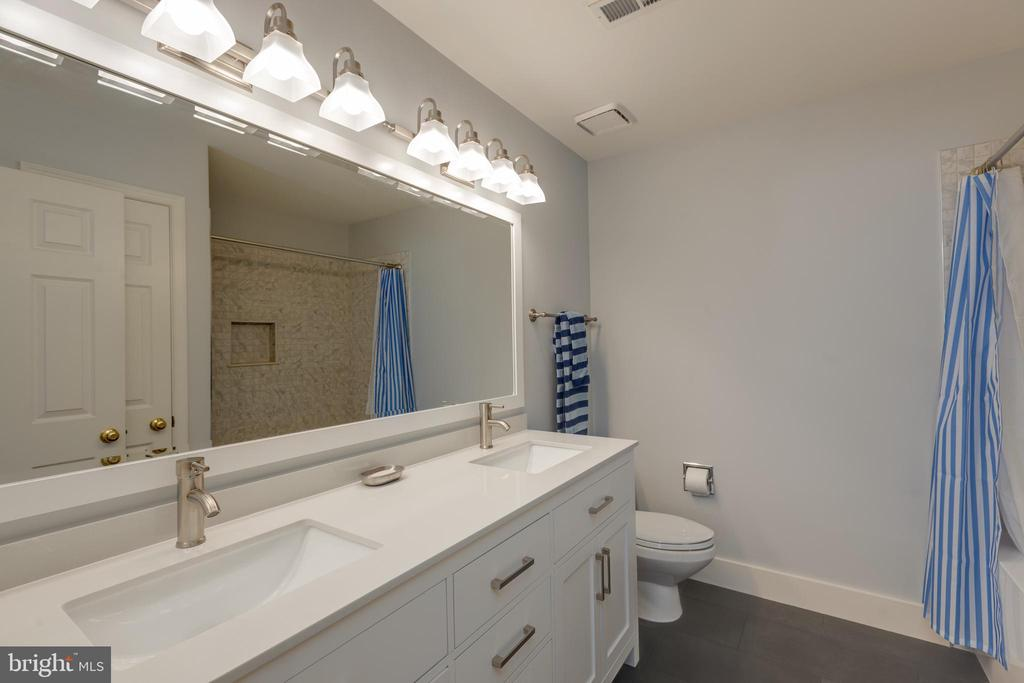 Newly updated upper hall bathroom - 11205 PAVILION CLUB CT, RESTON