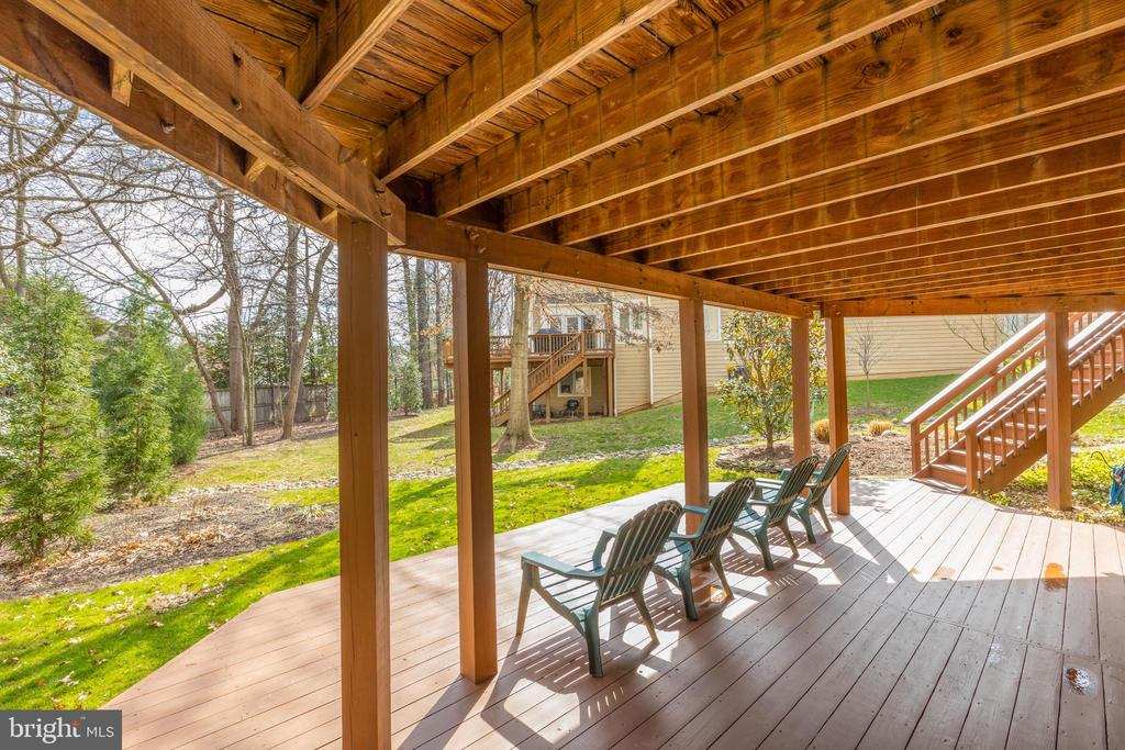 Deck has stairs to yard for convenience - 11205 PAVILION CLUB CT, RESTON