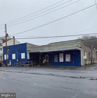 Single Family Homes για την Πώληση στο 41 N MAIN Street Mahanoy City, Πενσιλβανια 17948 Ηνωμένες Πολιτείες