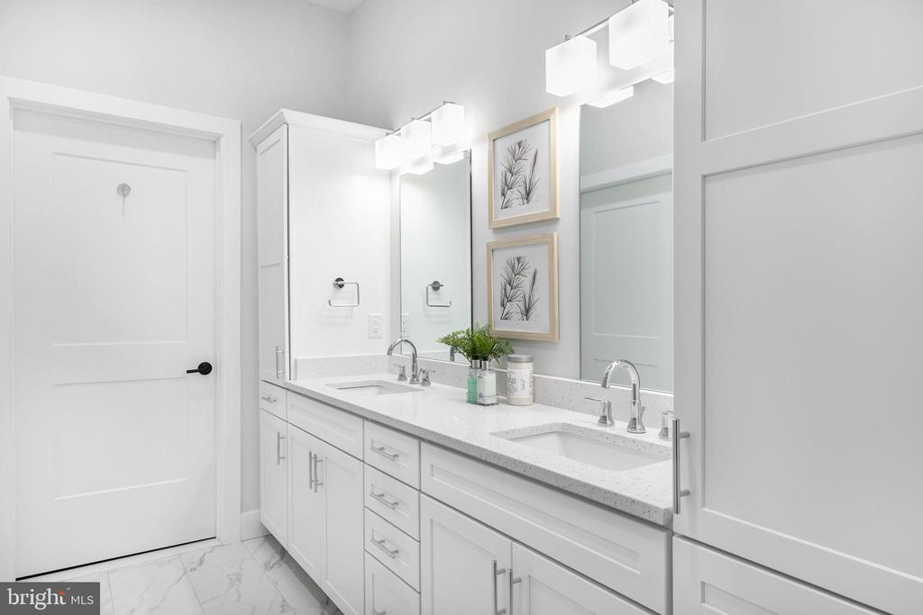 Owners Bathroom - 44691 WELLFLEET DR #304, ASHBURN
