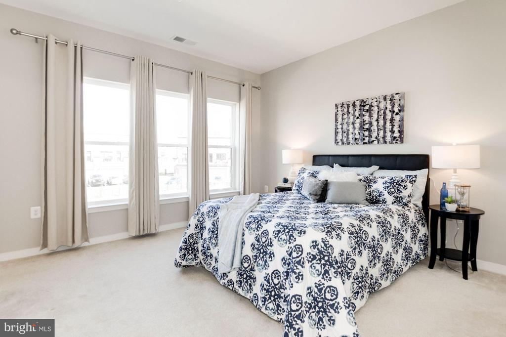 Guest bedroom - 42388 SOAVE DR, BRAMBLETON