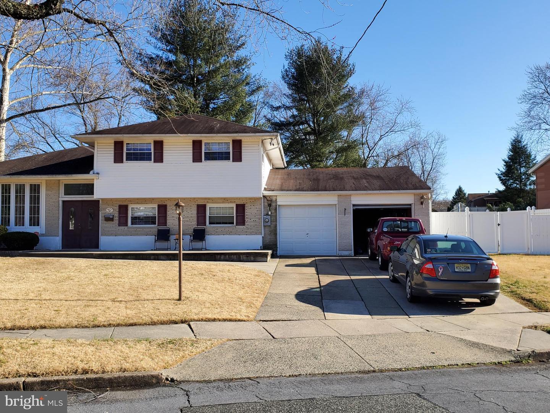 Single Family Homes vì Bán tại Somerdale, New Jersey 08083 Hoa Kỳ
