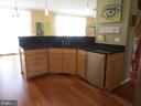 Kitchen sink - 10623 LEGACY LN, FAIRFAX