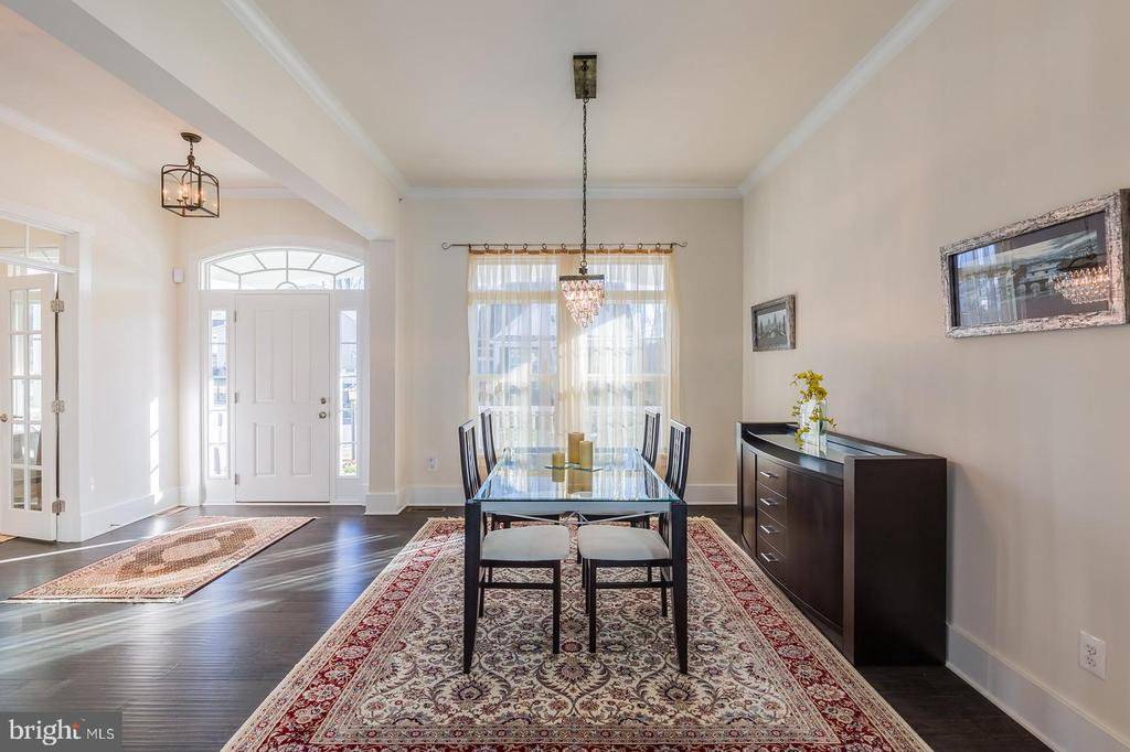 Entry with formal dining area - 17013 SILVER ARROW DR, DUMFRIES