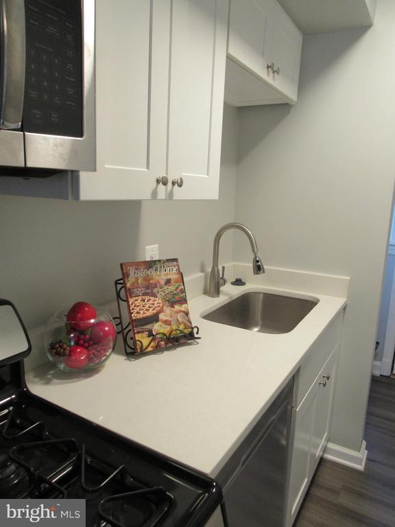 New kitchen flooring! - 3426 CROFFUT PL SE, WASHINGTON