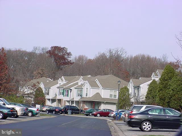 Single Family Homes para Venda às New Castle, Delaware 19720 Estados Unidos
