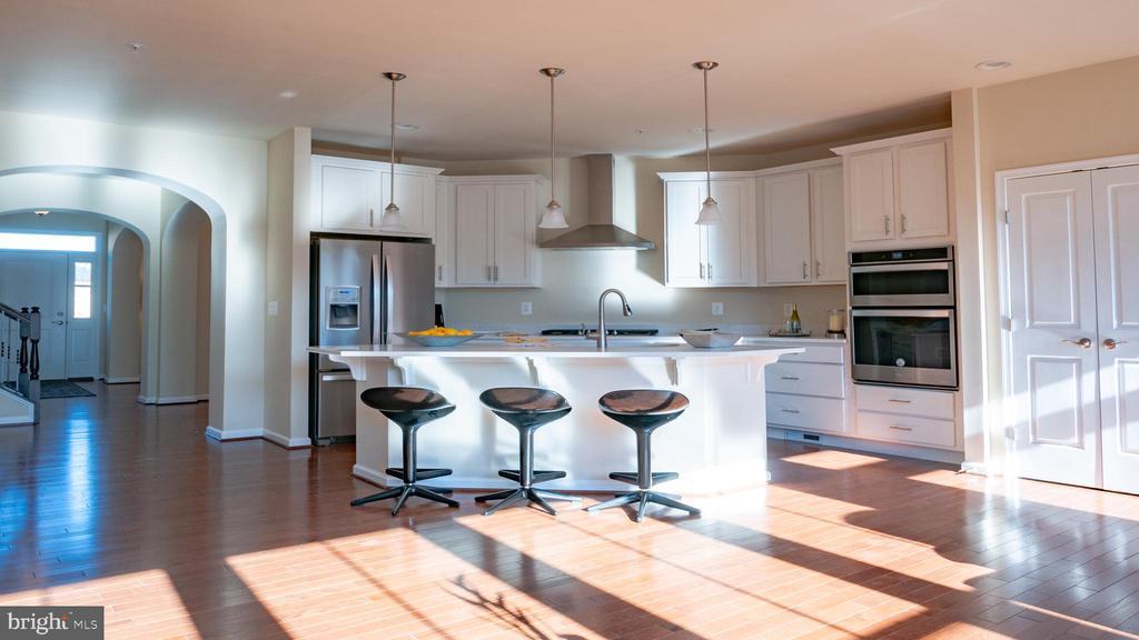 Beauvais kitchen (3) - 3038 JACOBS GARDEN, FREDERICK