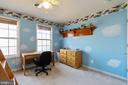 Large 4th bedroom with bunkbeds - 260 SPOTTED TAVERN RD, FREDERICKSBURG