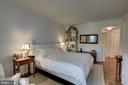 - 5610 WISCONSIN AVE #304, CHEVY CHASE