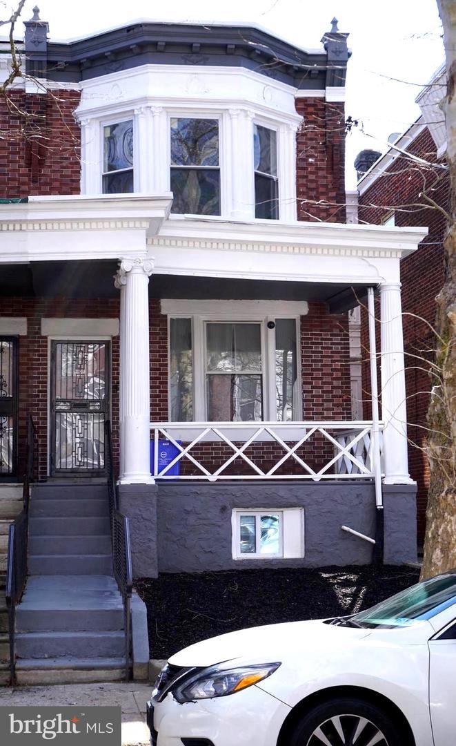 Single Family Homes للـ Sale في 1182 WAGNER Avenue Philadelphia, Pennsylvania 19141 United States