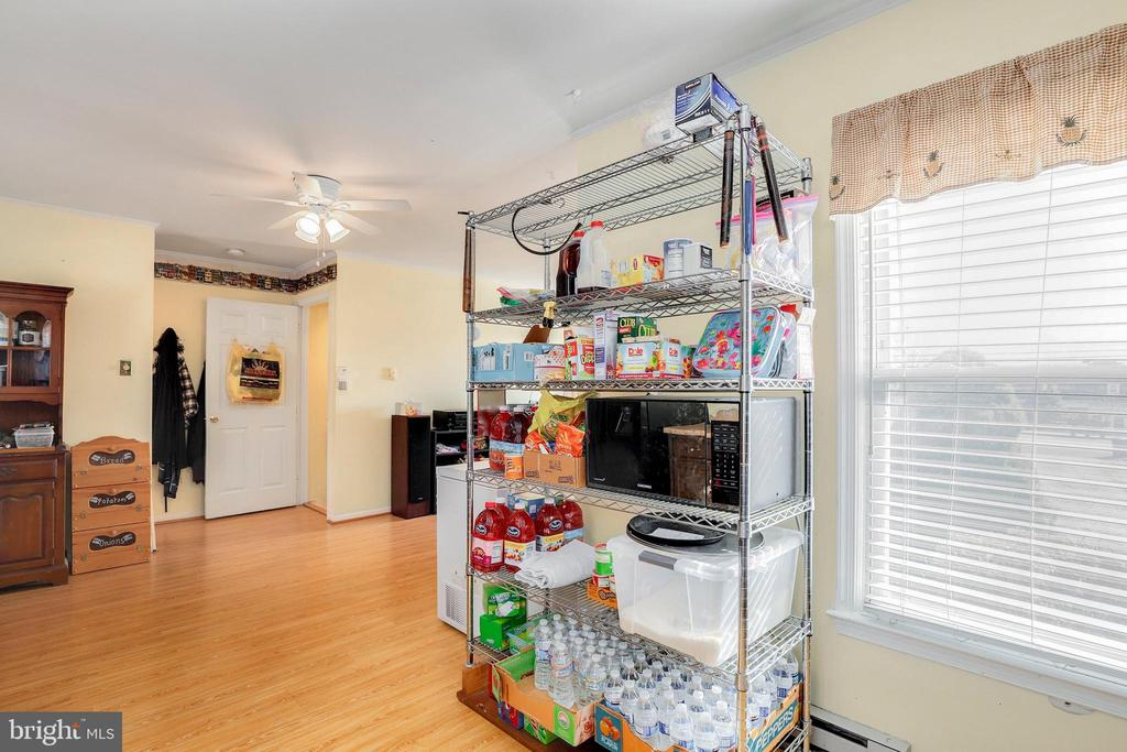 - 151 W MAIN ST, NEW MARKET