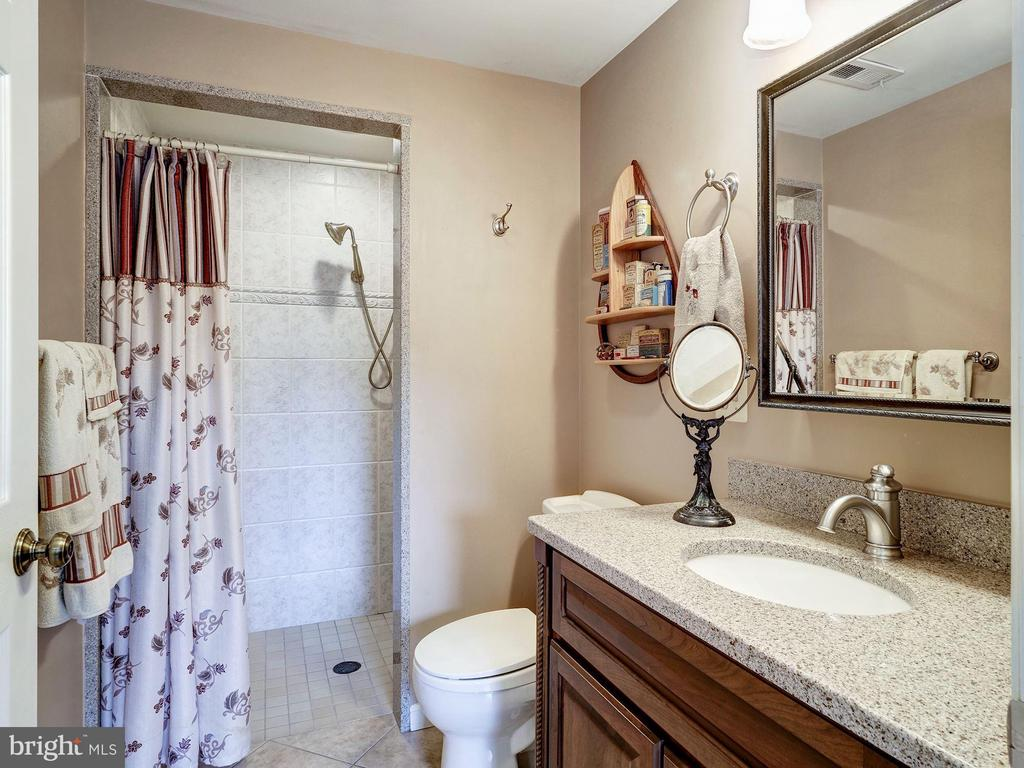 Full Bathroom with Stall Shower - 7800 PERSIMMON TREE LN, BETHESDA
