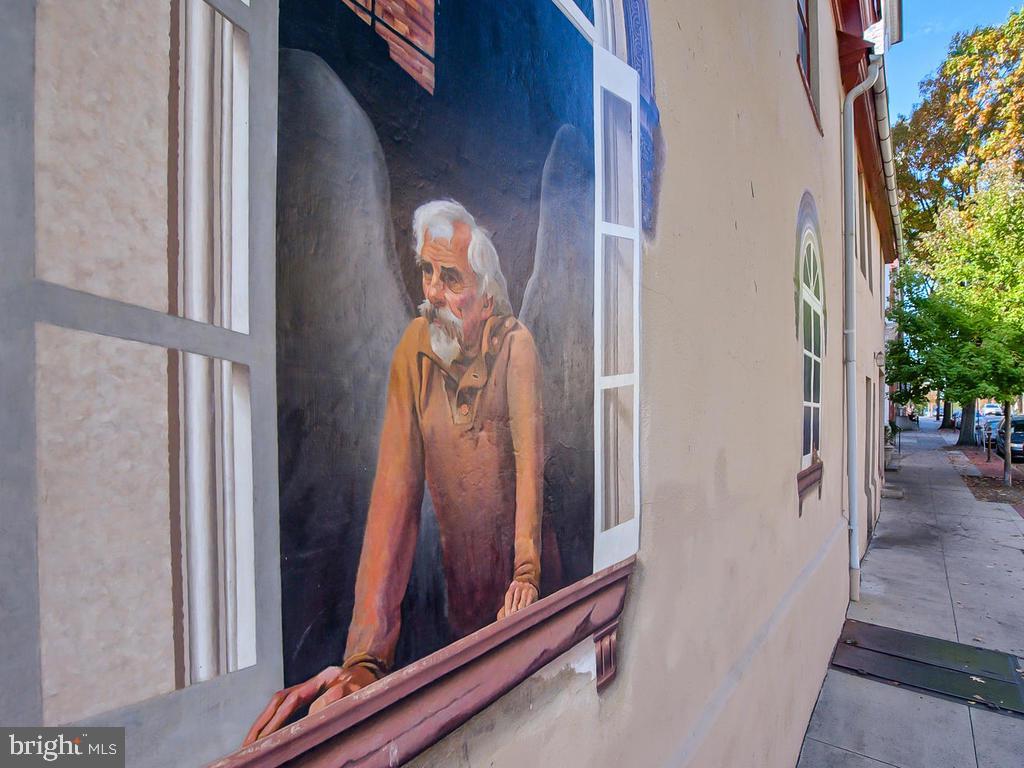 Downtown Frederick Angel Mural - 1012 MERCER PL, FREDERICK