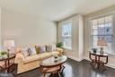 Living Room / Gathering Room - 41178 CHATHAM GREEN CIR, ALDIE