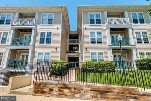 406 KENTLANDS BLVD #303