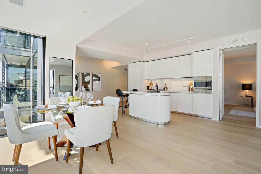 Dining Room w/Floor to Ceiling Windows - 920 I ST NW #811, WASHINGTON