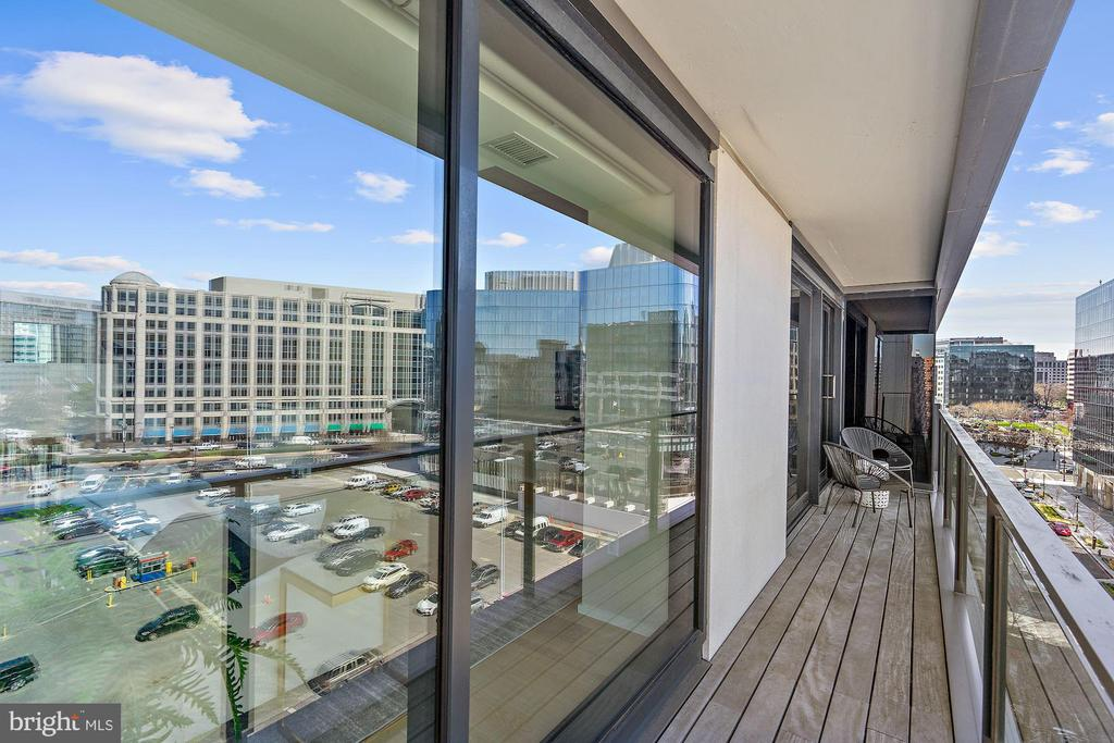 140 sq ft balcony - 920 I ST NW #811, WASHINGTON