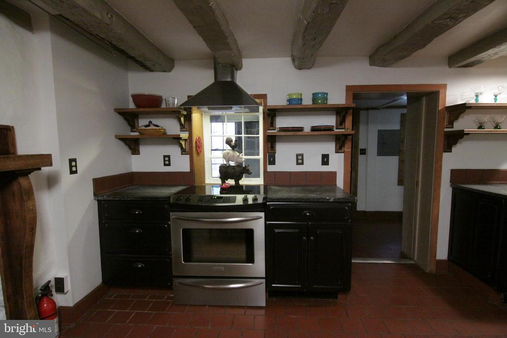 all upgraded appliances - gourmet kitchen - 35820 CHARLES TOWN PIKE, HILLSBORO