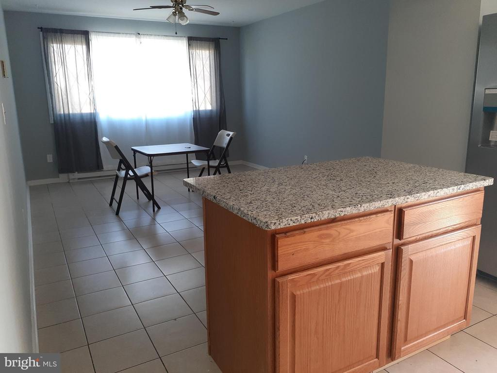 Bump-Out Dining Room Area off Kitchen - 6809 VALLEY PARK RD, CAPITOL HEIGHTS