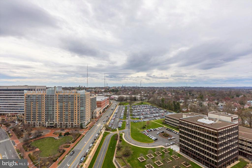 View from Rooftop - 5500 FRIENDSHIP BLVD #2421N, CHEVY CHASE
