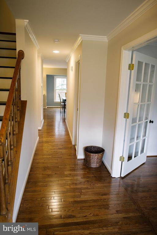 Welcoming Foyer - 17281 PICKWICK DR, PURCELLVILLE