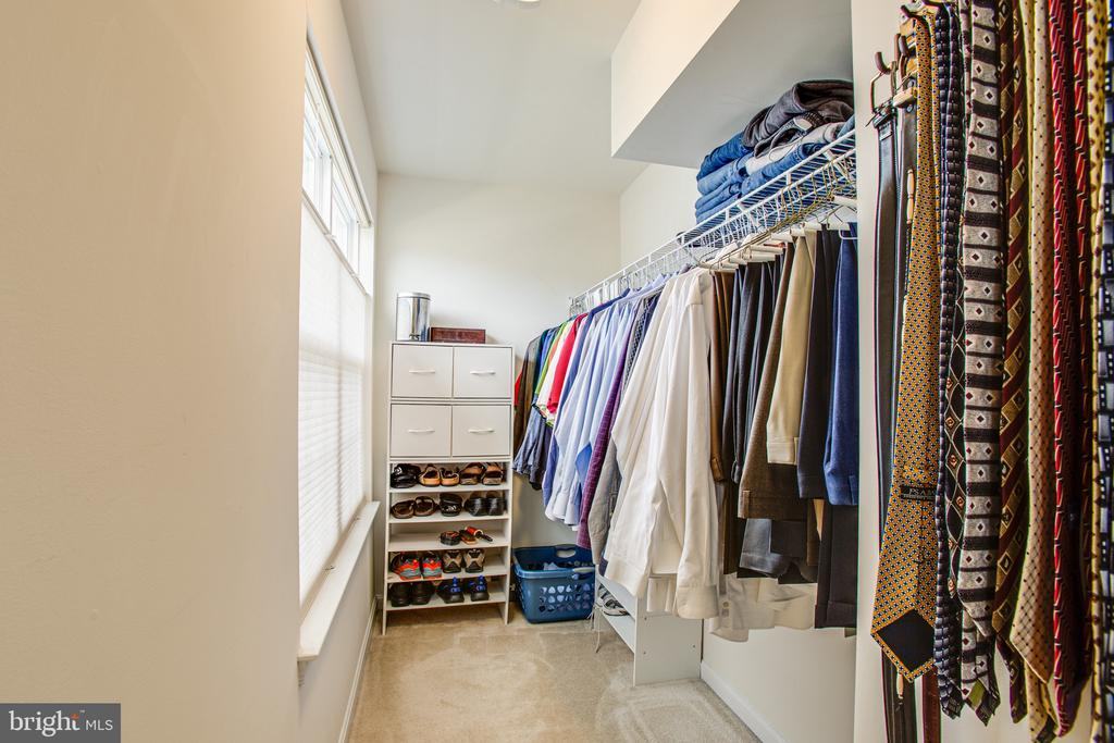 Second of the walk-in closets plus custom shades - 75 COLEMANS MILL DR, FREDERICKSBURG