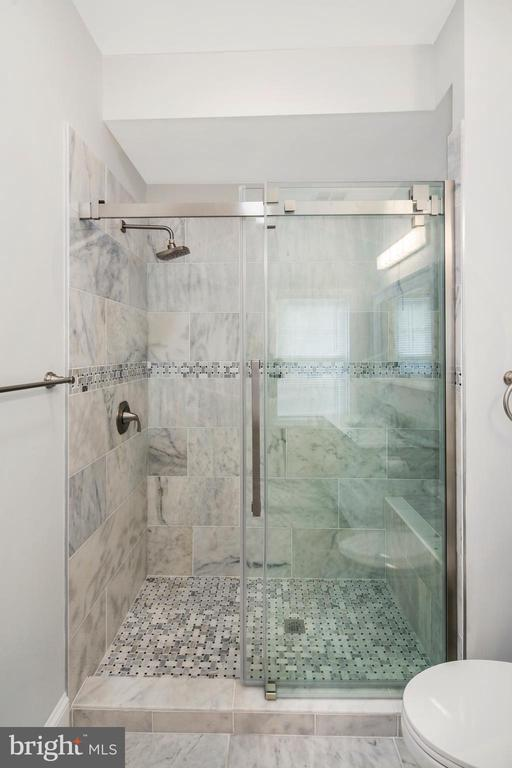 Beautifully tiled shower in master bedroom. - 2509 N CAPITOL ST NE, WASHINGTON