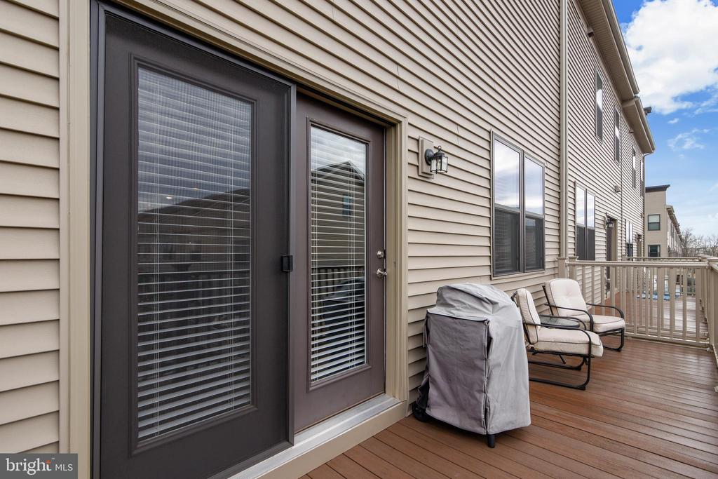 Main Level Balcony - 20495 MILBRIDGE TER, ASHBURN